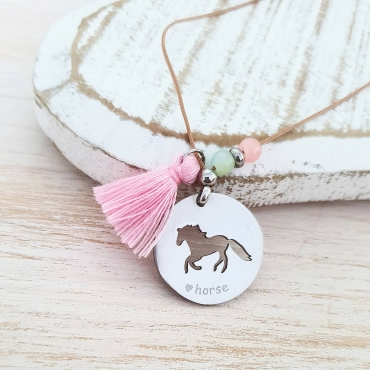 Fio love horse